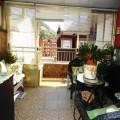 Precioso ático con pocos años, 2 habitaciones, salón, cocina, con muebles y Terraza orientada al Sur. Armario empotrado, calefacción...Ven a verlo sin compromiso